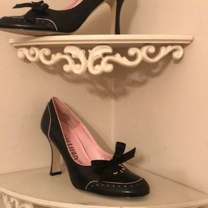 Gorgeous Sam & Libby leather shoes
